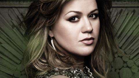 Top 10 Kelly Clarkson songs